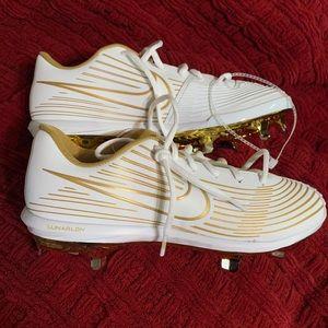 New Nike Lunarlon softball cleats white/gold, 9.5